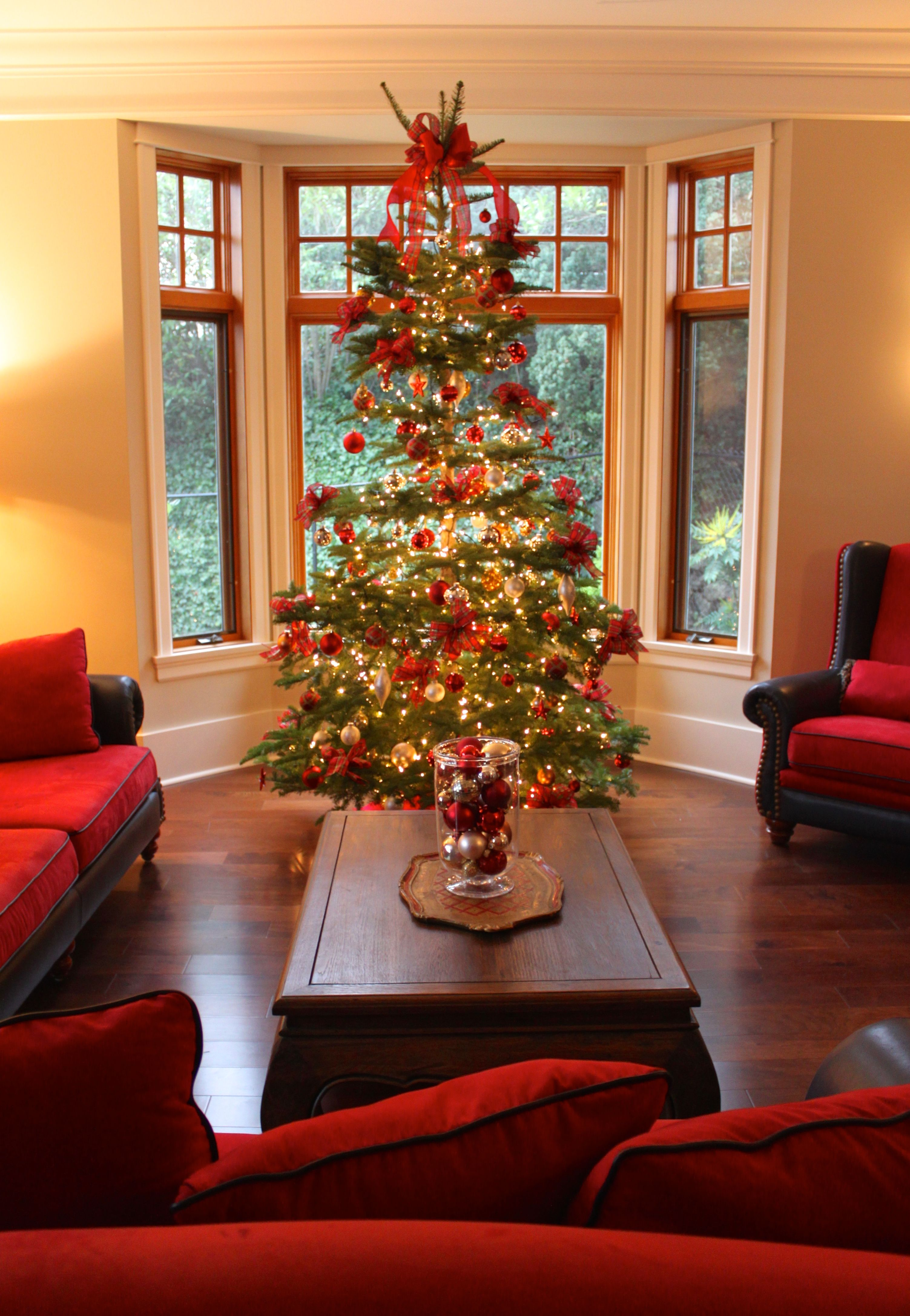 Holiday Decorating Service - Christmas Tree