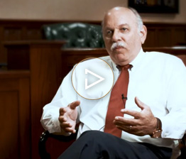 Image from Davis Saperstein & Salomon, P.C. video of Marc Saperstein talking about investigating a New Jersey truck accident