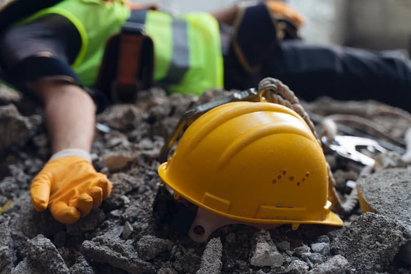 Construction worker has accident while working