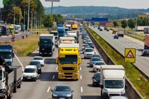 Who Is at Fault in a Car Accident Changing Lanes?