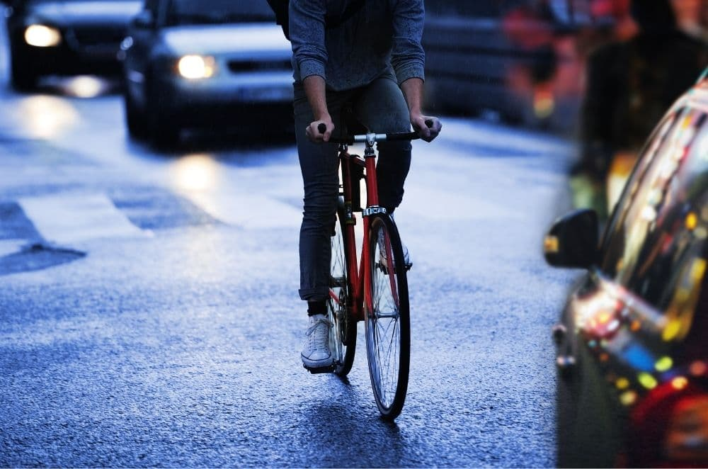 Do you need bike reflectors if you already have lights?
