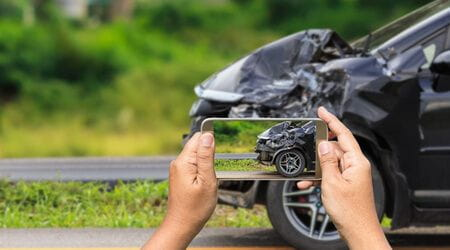 taking photos of car accident damage