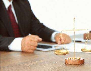 why hire a candid lawyer