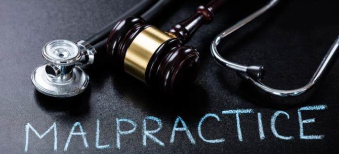Stethoscope and Gavel to represent medical malpractice law