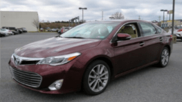 A maroon Toyota Avalon similar to that from the fatal hit and run