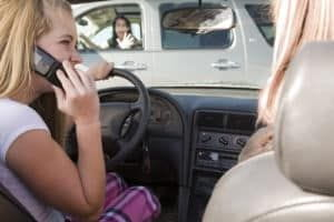 accidents caused by cell phone use
