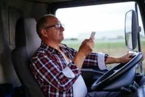 truck driver texting while driving