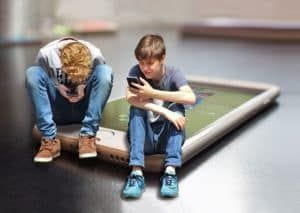 Apps to entertain kids and avoid distracted driving