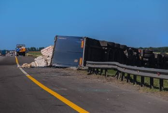 Proving Negligence in a Semi-Truck Accident - Charlotte, NC - Stewart Law Offices