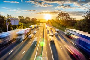 Driving to work following commute safety tips