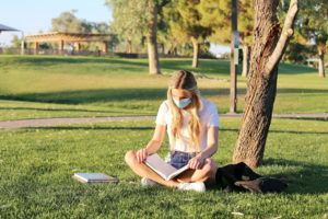 central florida college student in covid-19 mask