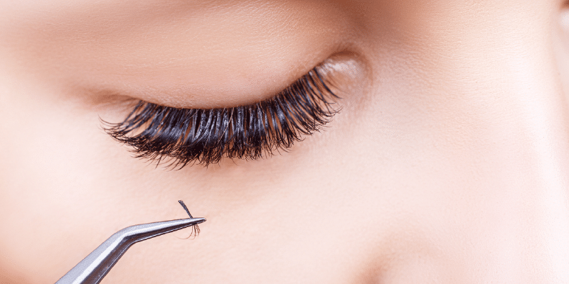 Tips to Extend the Life of Your Eyelash Extensions