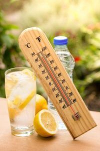 working in high temperatures pose a risk of heat stroke