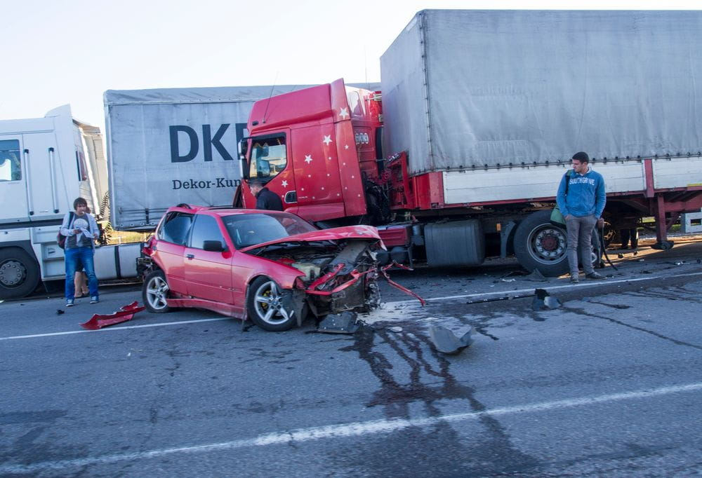Houston Truck Accident Attorney | The Law Offices of Hilda Sibrian