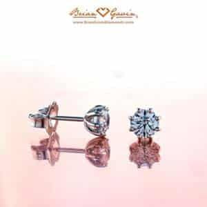 8-prong diamond studs.