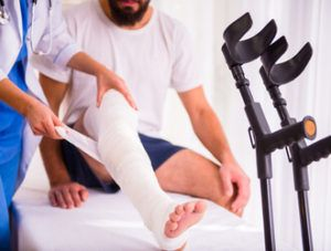 leg injuries lawyer | Law Offices of Michael J. Gopin, PLLC