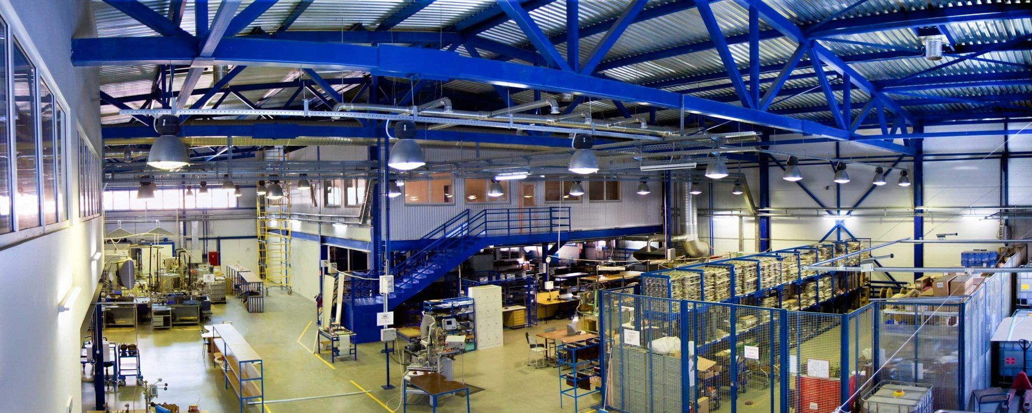 Warehouse for lease with a mezzanine helps maximize space