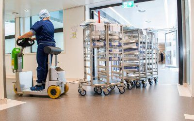 3 Electric Tugs That Can Make Your Hospital More Efficient!