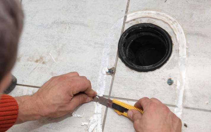 """Toilet Repairs in Houston for Leaking, Clogged or Running Toilets"""