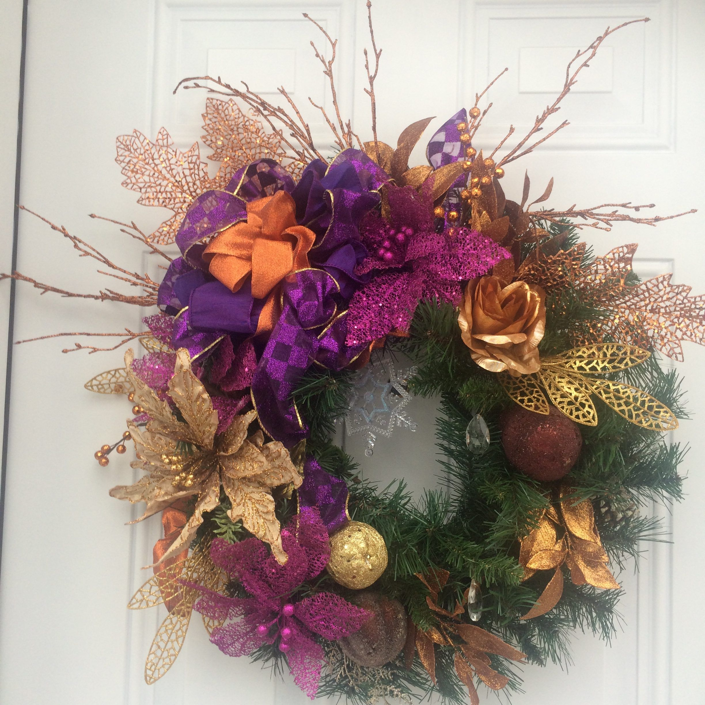 reef purple gold decor