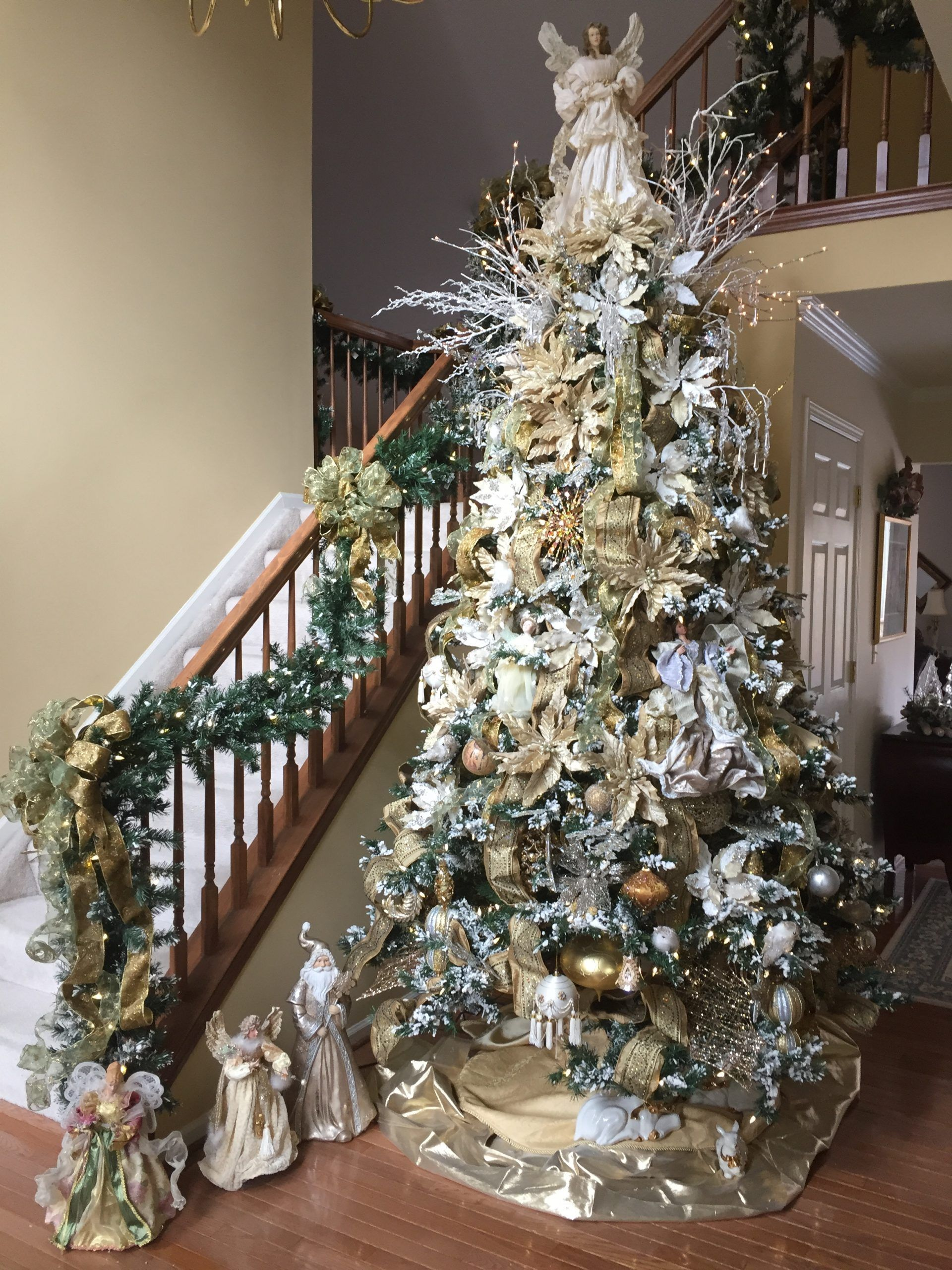 christmas tree white gold decor