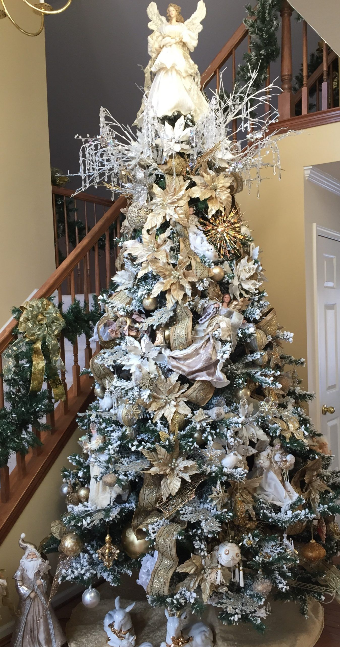 Christmas tree white decor