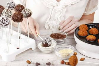 Food Cravings and What They Mean by Dr. Sara Detox Toronto Naturopath