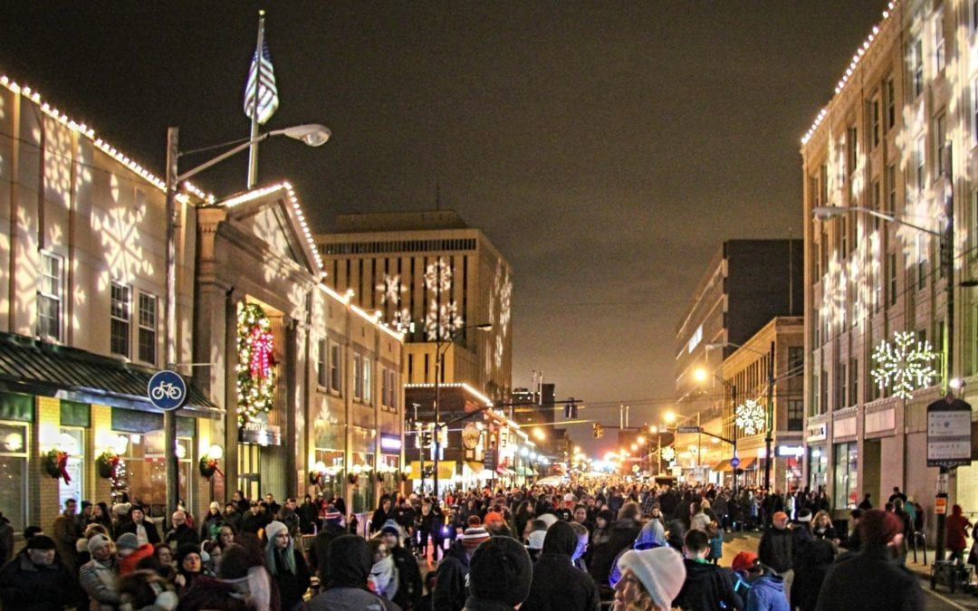 Beer Garden, Holiday Market Highlight New Features at Light Up Lakewood 2018