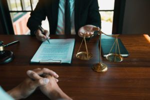How Much Do Personal Injury Lawyers Charge