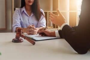 11 Important Questions to Ask a Personal Injury Lawyer Before Hiring