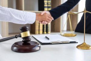 What Is the Difference Between an Attorney and a Lawyer